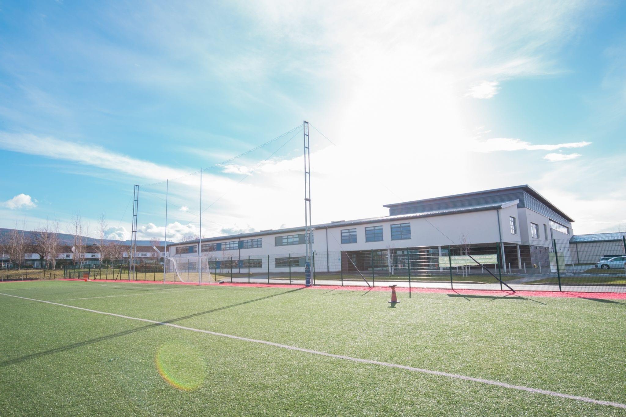"""Colegio público en Irlanda """"Ballinteer Community School"""""""