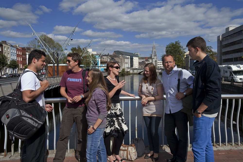 Estudia con amigos en Cork y aprende inglés