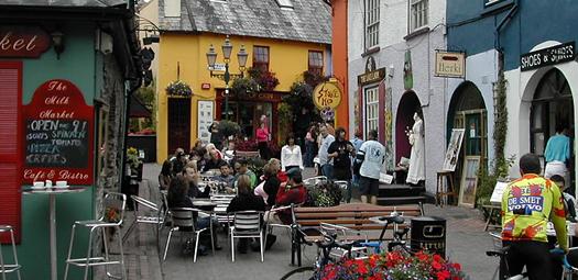 Disfrutar en una terraza de Cork