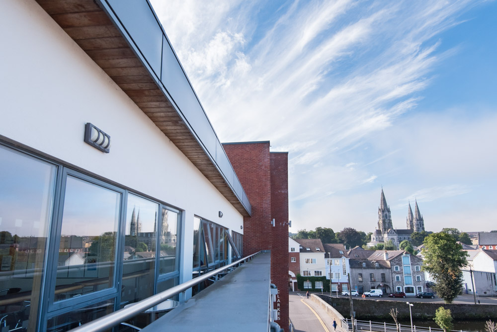 Terraza de la escuela de Cork