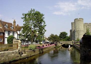 Cursos para familias en Canterbury