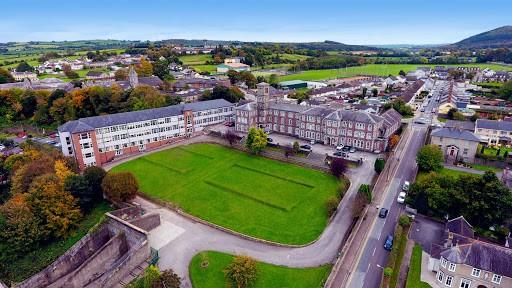 """Colegio público en Irlanda """"St. Colman´s Community School"""""""
