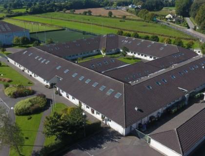 """Colegio público en Irlanda """"Blackwater Community School"""""""