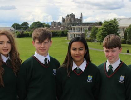 """Colegio público en Irlanda """"Cashel Community college"""""""