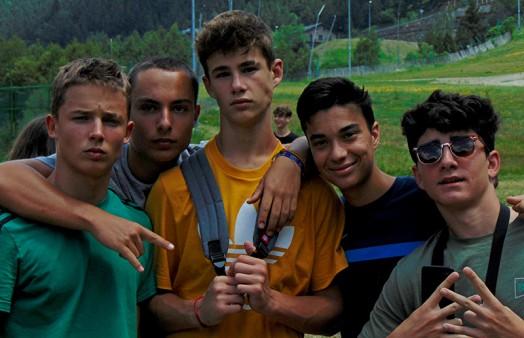 Campamento de verano para jóvenes / adolescentes